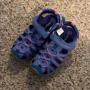 NWT Cat & Jack camp sandals